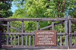 Wychwood Barns Dog Park